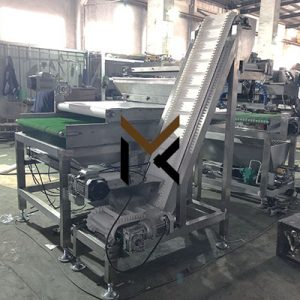 Granule sprinkling machine